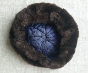 Dirbtinio kailio kepurė