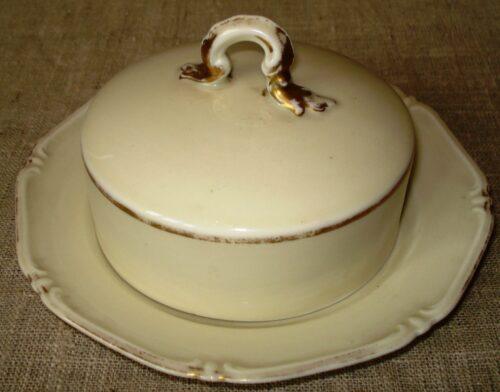 Porcelianinė sviestinė