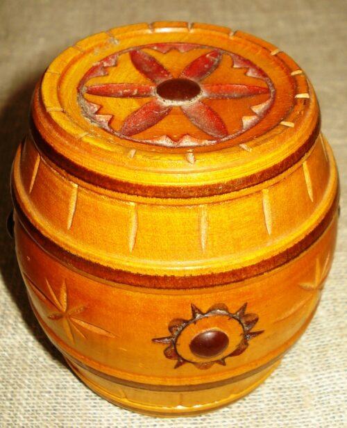 Statinaitė - papuošalų dėžutė