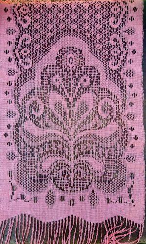 Rožinis šalikėlis